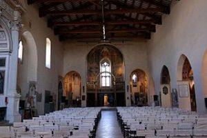 montefalco_-_chiesa_di_san_francesco_interno_01